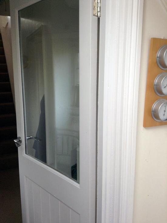 Door-between-porch-and-hall