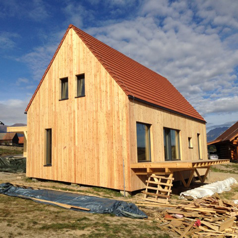 Timber-cladding-over-bale-panels