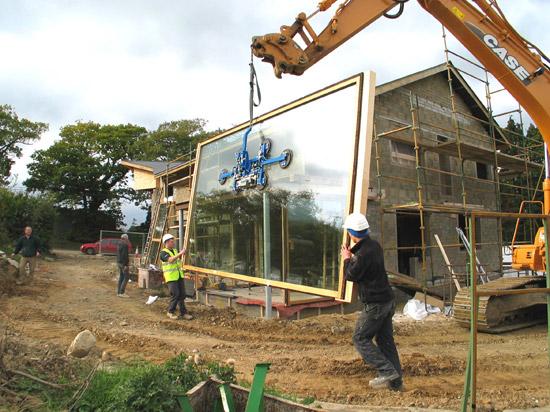 constructing-Tomas'-house