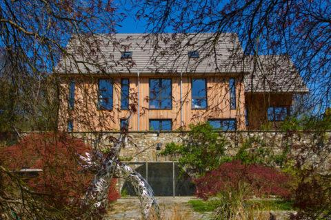 <em>HPH157 : </em>A contemporary eco home case study<u> – with James Galpin from HazleMcCormackYoung</u>