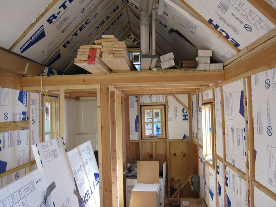 insulation-going-into-a-tiny-house