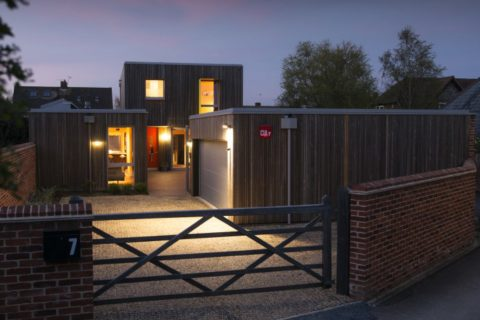 <em>HPH177 : </em>Redeveloping a brown field site for a contemporary home<u> – with Ruth Butler</u>