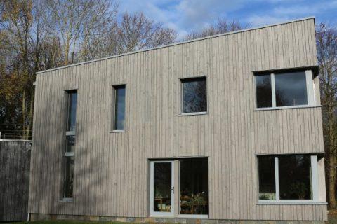 <em>HPH210 : </em>A future-proof contemporary eco home<u> – with Liz and Mike Hill</u>
